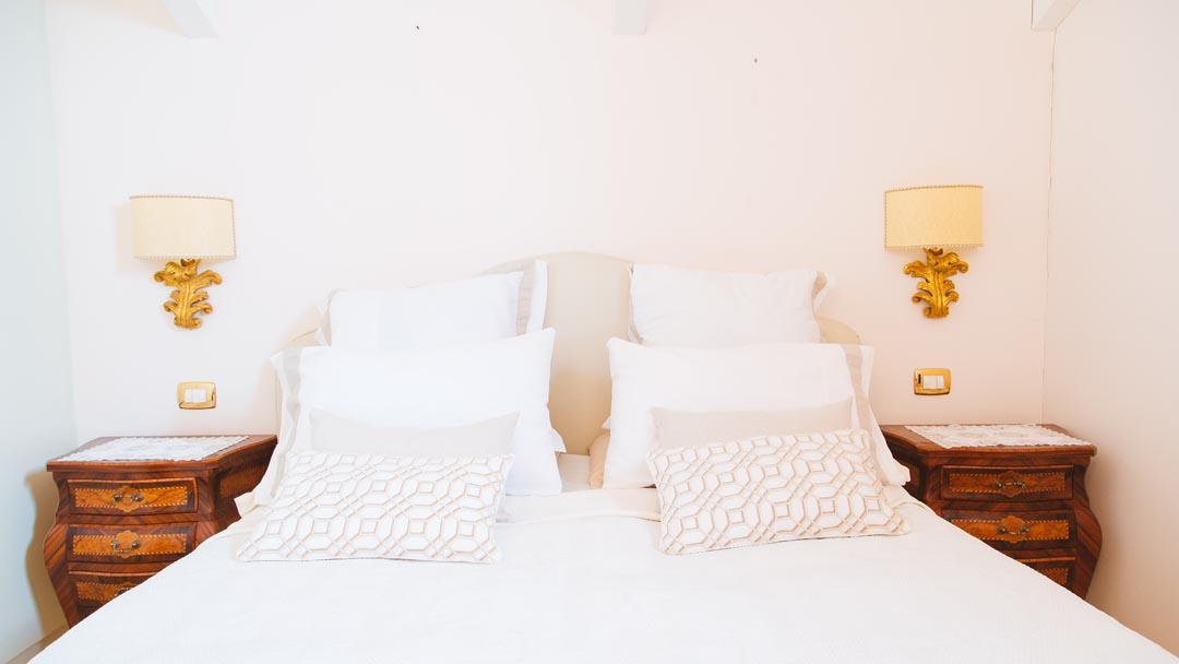 Lovely Master Bedroom - TENUTA SPARTANO