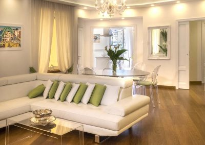Luxury home with sea-view living room (2)