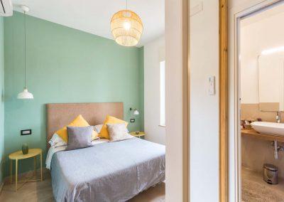 Mediterranean Suites old town Deluxe room (4)