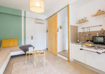 Mediterranean Suites old town Deluxe room (8)