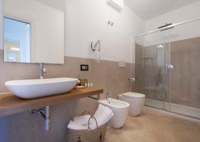 Mediterranean Suites old town Deluxe room (9)