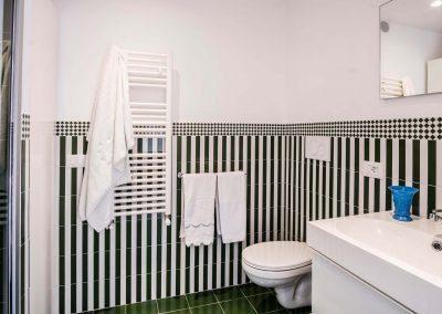 Villa Capri view bathroom (3)