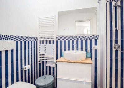 Villa Capri view bathroom (4)