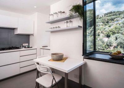 Villa Capri view kitchen (2)