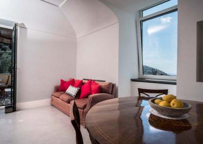 Villa Capri view living room (1)