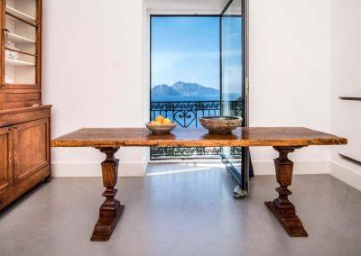 Villa Capri view living room (2)