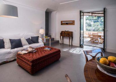 Villa Capri view living room (5)