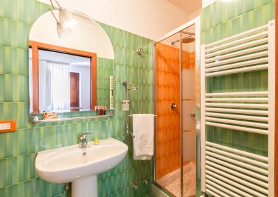 Terrazza Felicienne bathroom (1)