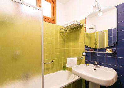 Terrazza Felicienne bathroom (3)