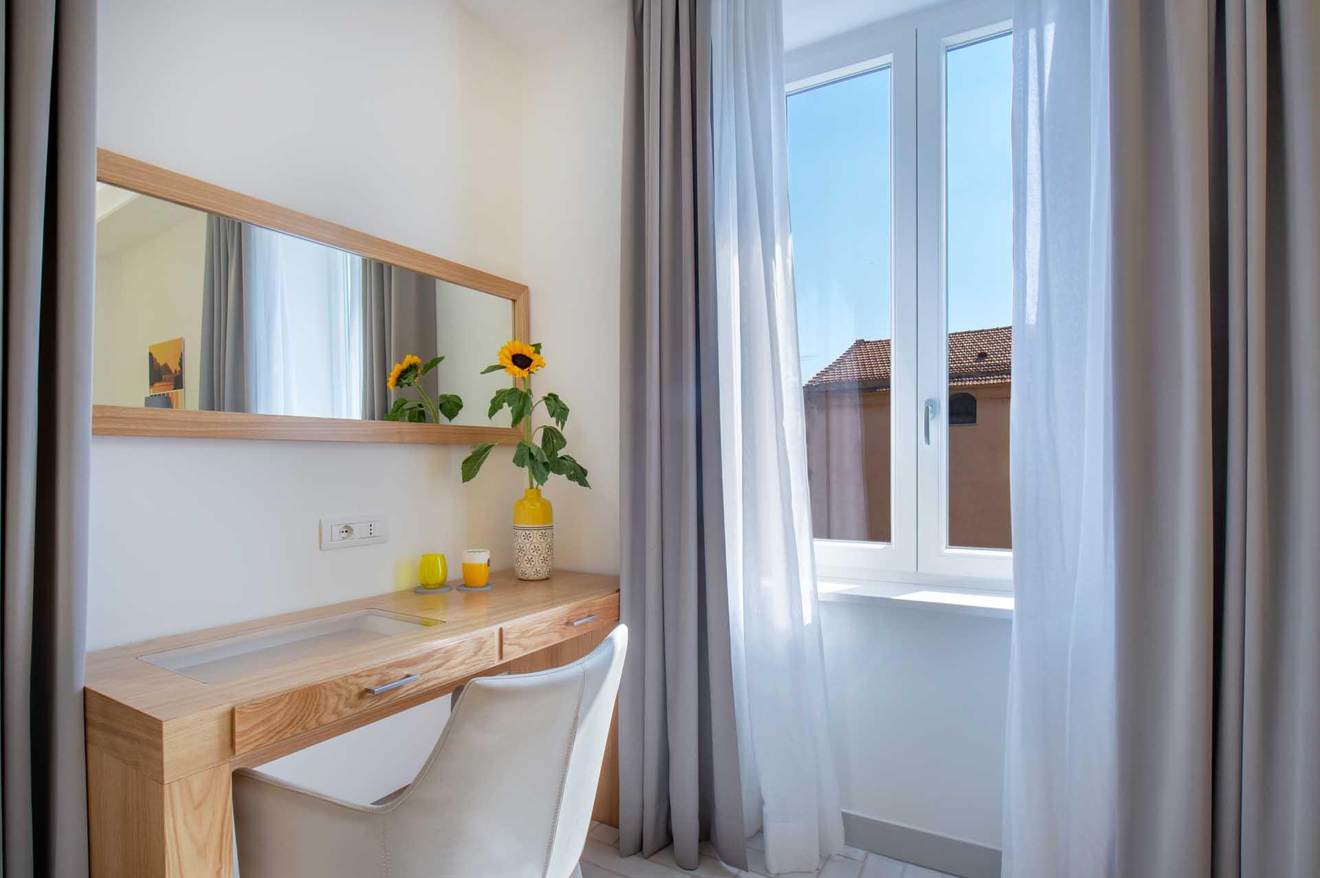 Mediterranean Suites Old Town