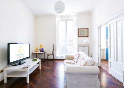 Leonelli's flat living room (4)