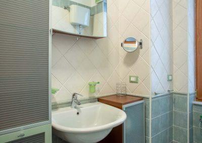 Il Vicoletto Sorrento bathroom (3)