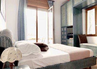 Il Vicoletto Sorrento bedroom (3)
