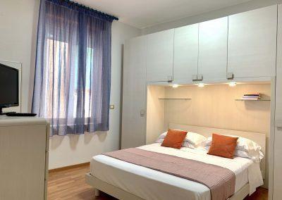 Il Vicoletto Sorrento bedroom (4)