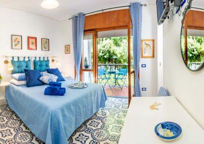 Linda's home bedroom (2)