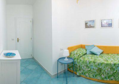 Linda's home bedroom (6)