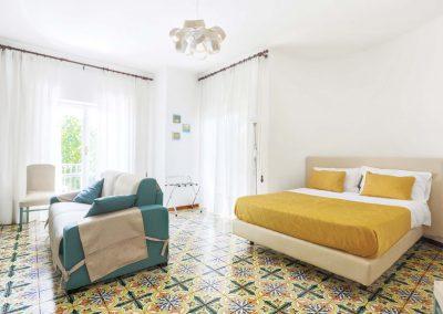 Valeria's home bedroom (1)