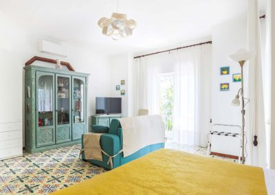 Valeria's home bedroom (2)