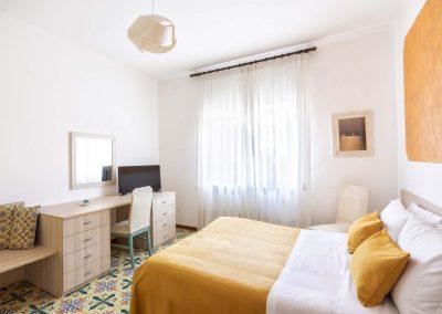 Valeria's home bedroom (4)