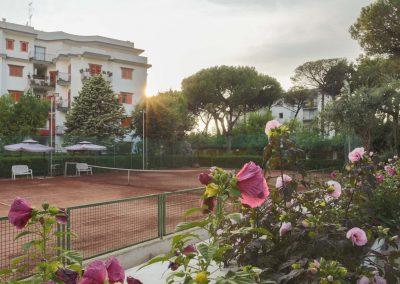 Valeria's home tennis