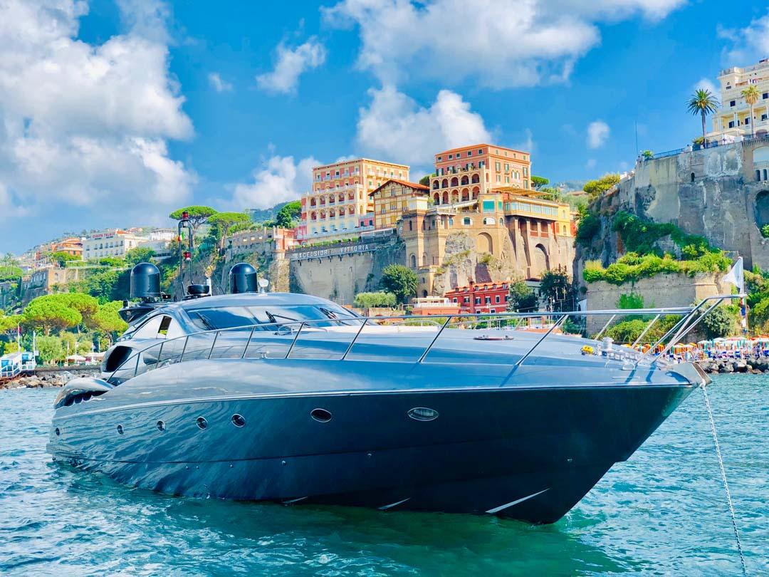 Capri luxury boat tour from Sorrento
