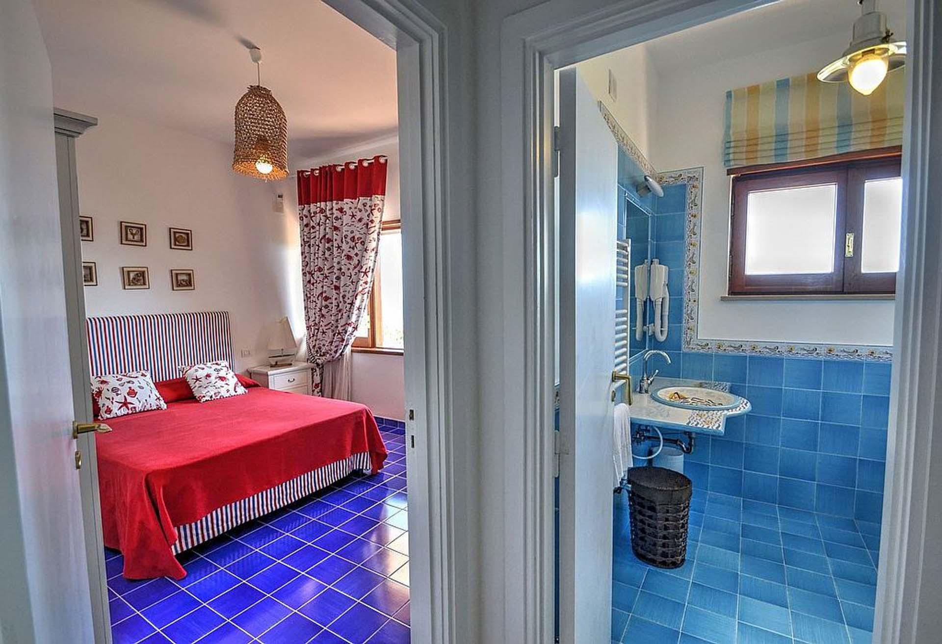 Master Bedroom Luxury Nerano Villa with Pool