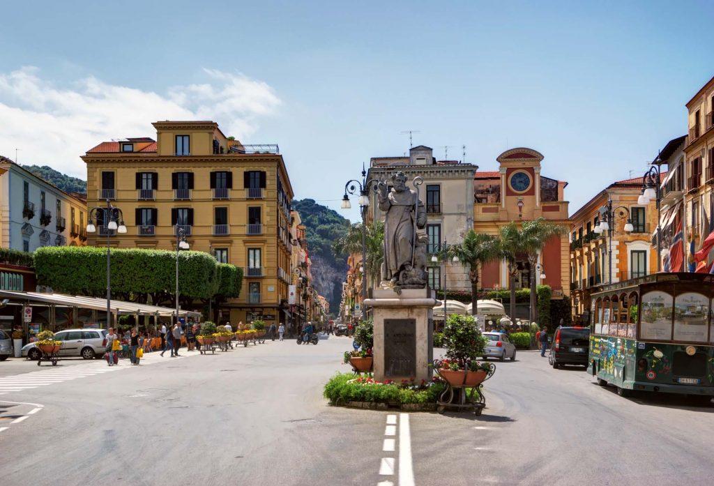 One Day in Sorrento Piazza Tasso