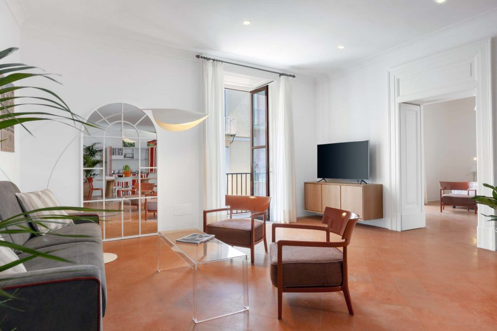 Deluxe Home in Sorrento old Town -