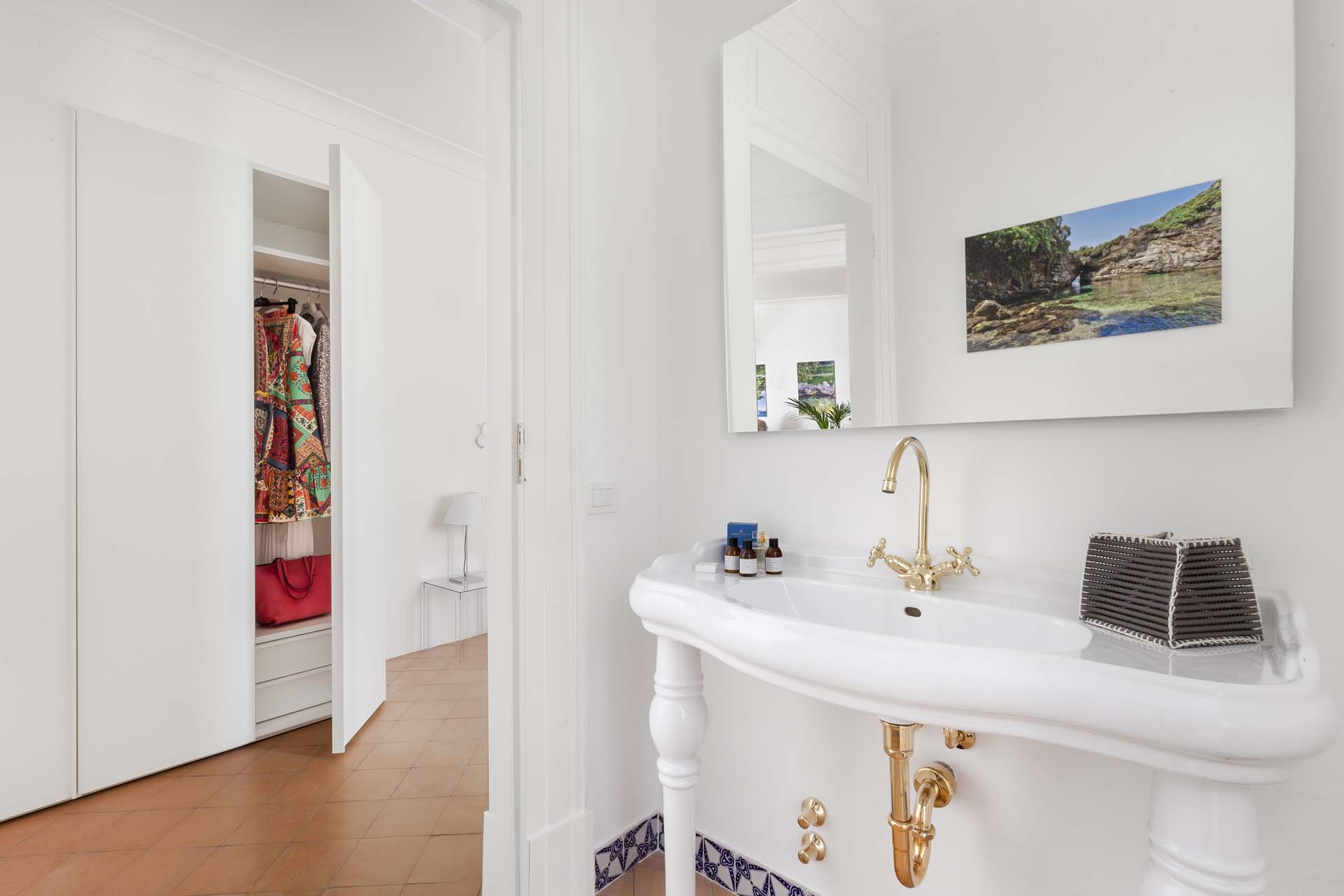 Deluxe Home in Sorrento Old Town
