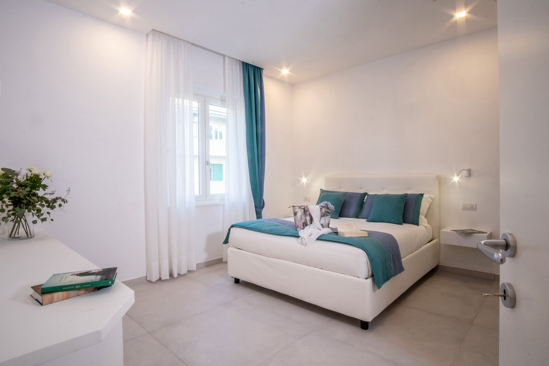 Deluxe Apartment in Sorrento Centre