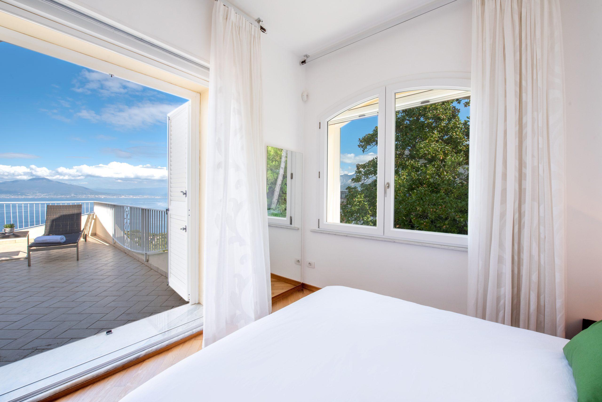 Villa Acampora Sorrento Bedroom