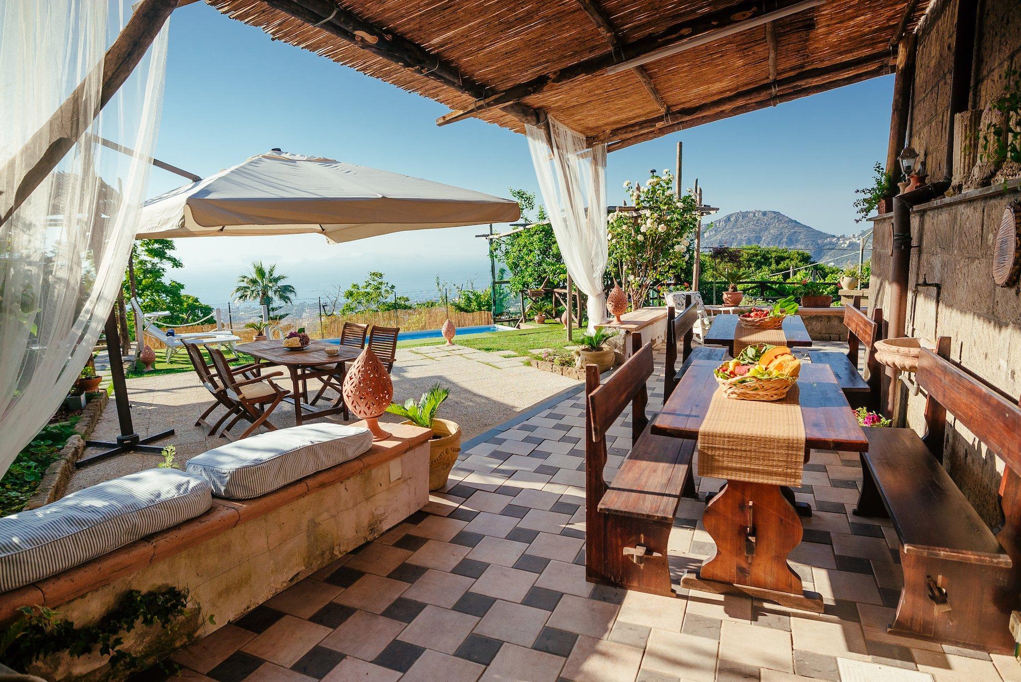 Villa Sorrento Coast for families - Pool & Views