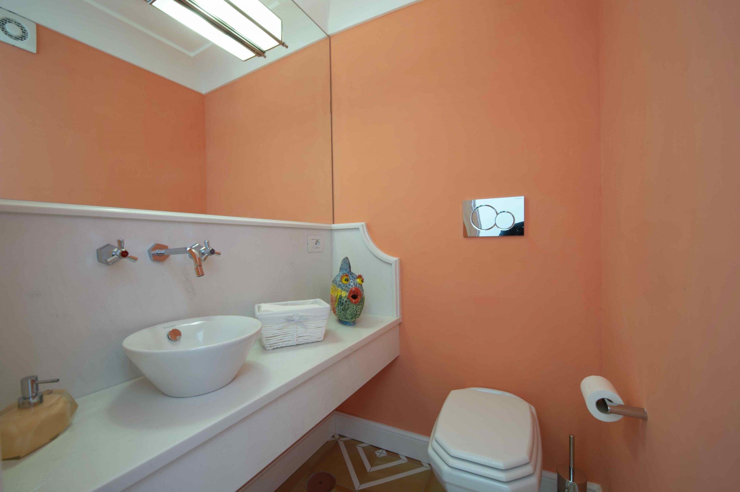 Amalfi Coast Exclusive Villa in Praiano with Pool & View - Bathrooms