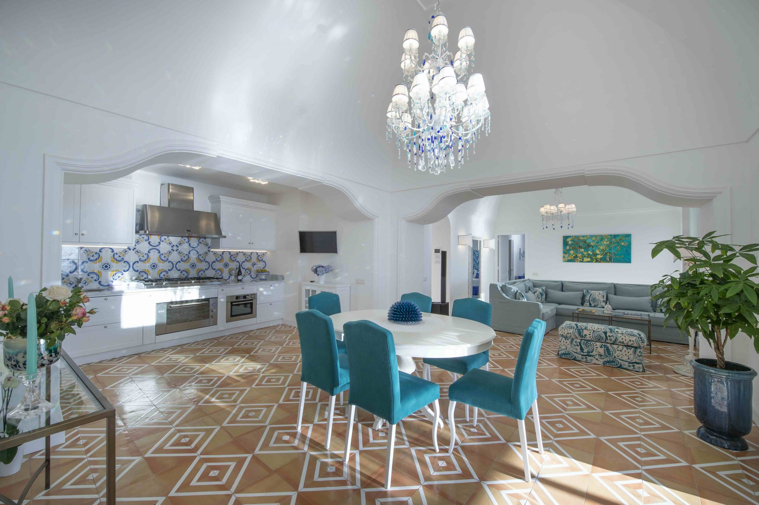 Amalfi Coast Exclusive Villa in Praiano with Pool & View - The kitchen