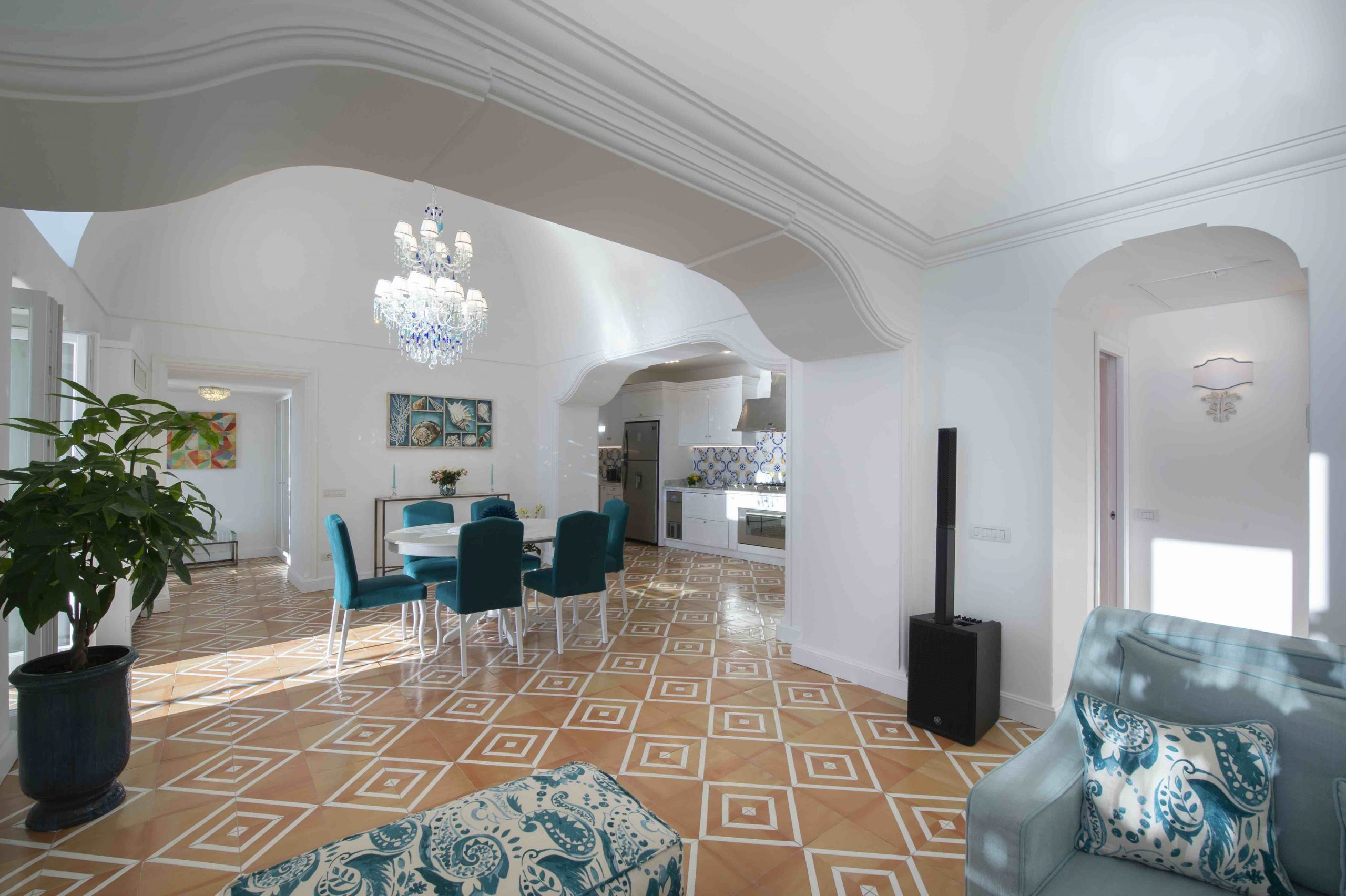 Amalfi Coast Exclusive Villa in Praiano with Pool & View - Living room
