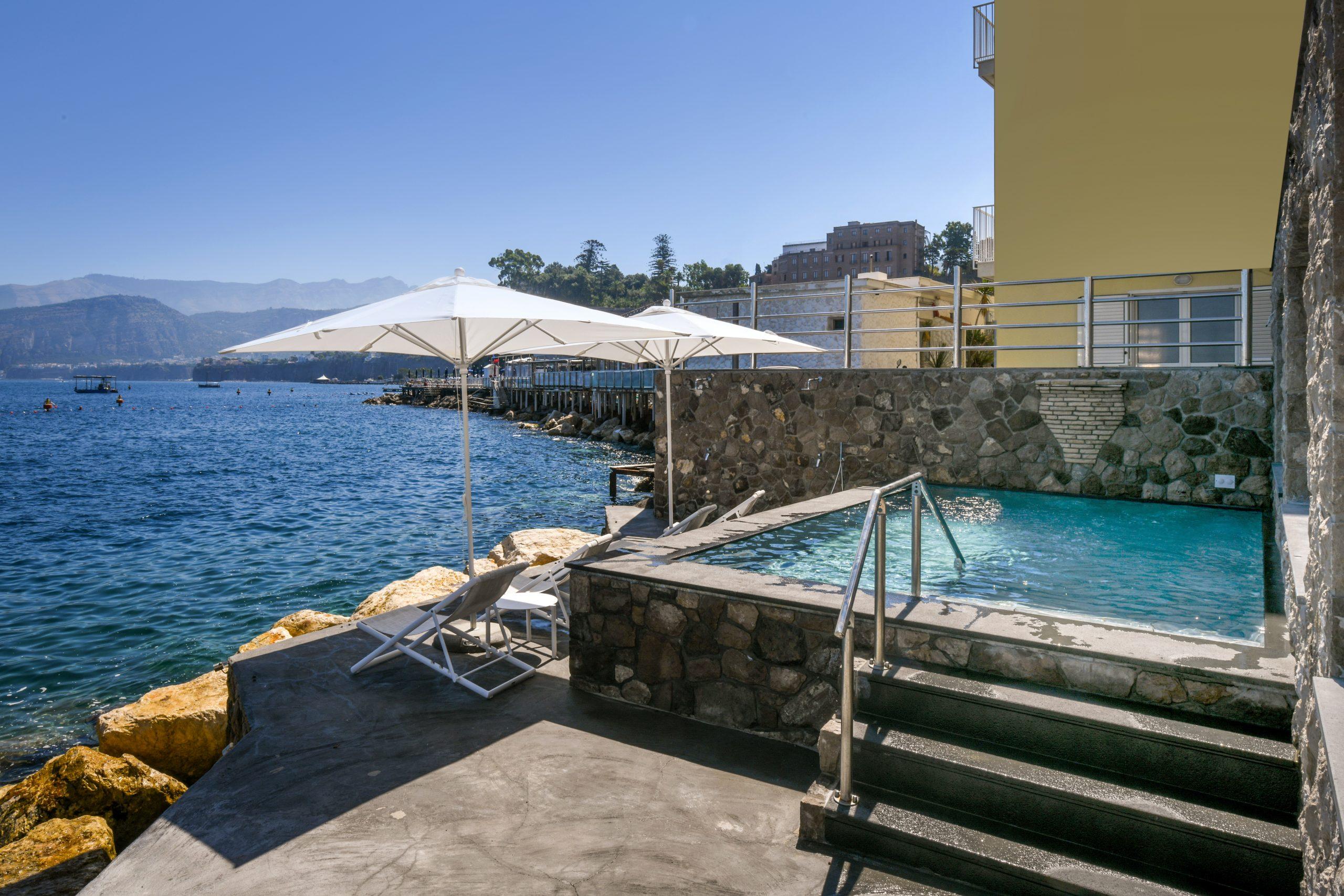Villa Sorrento by the sea Pool