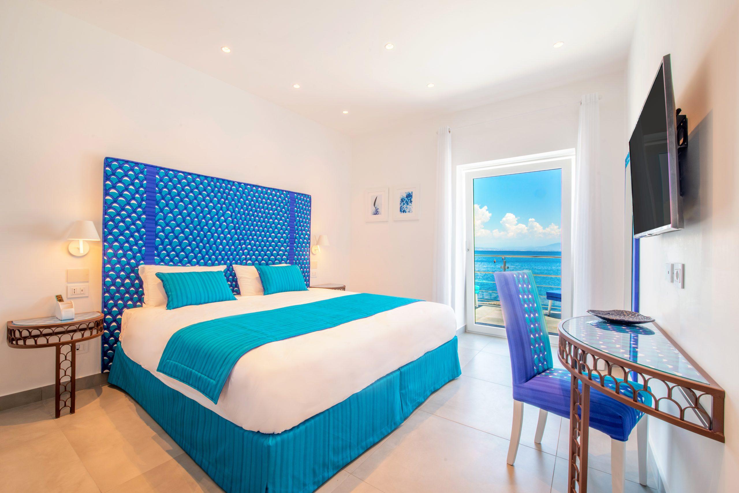 Villa Sorrento by the sea bedroom